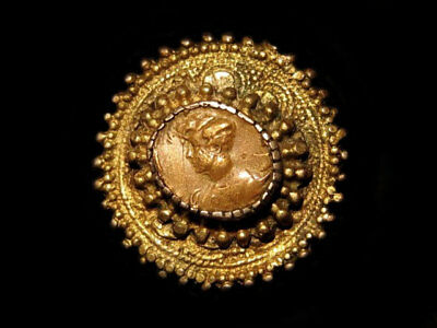 LOVELY VINTAGE, TOP DECORATED GILT SILVER BROOCH w/ COPPER CAMEO!!!