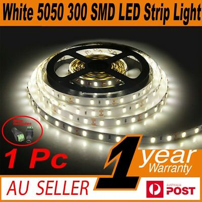 5M SMD 5050 300 LED Strip 12V Cool White Flexible Waterproof Light + Connector
