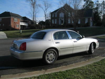 2011 Lincoln Town Car Continental 2011 Lincoln Town car
