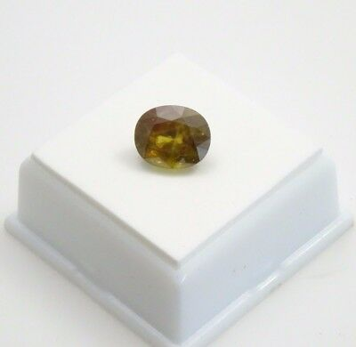 Sphene - 5.64ct - Oval - 11.49x9.41mm - Madagascar Rainbow Spark Sphene