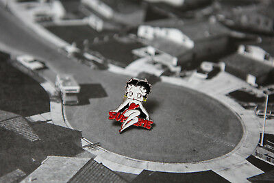 Supreme Betty Boop Pin Tom NYC