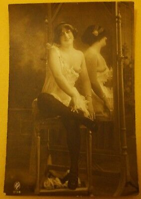 Vintage Original Glamour Risque Nude Postcard Style Picture - Ref 234