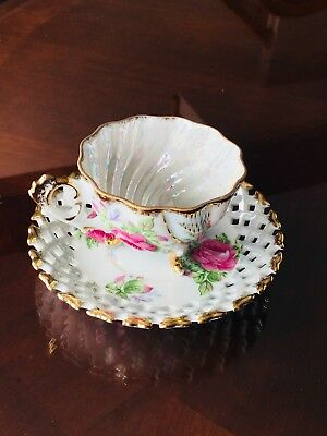 Napco China HP3 Footed Lustre Swirled Tea Cup & Saucer pinkRoses  Gold 1DD293