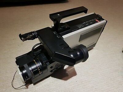 Hitachi VM200e. VHS Movie Integrated Camera / Recorder. +2 batteries and leads