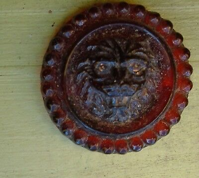 "NICE 11/16"" Ruby Lion NICE Glass Antique Button 642:6"