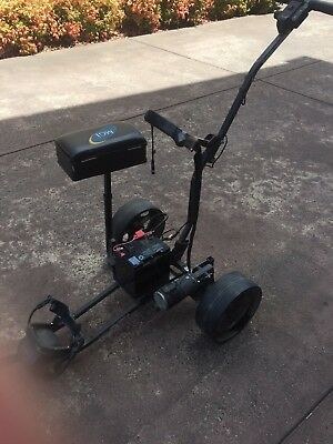 Battery operated golf buggy