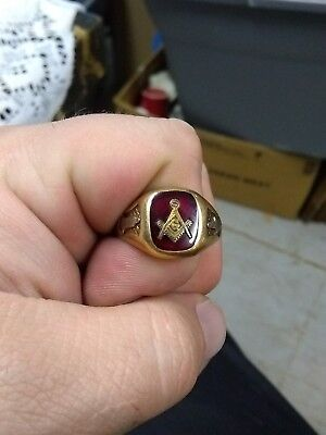 Vintage Masonic Ring Gold Plated ( not stamped on inside) size 12