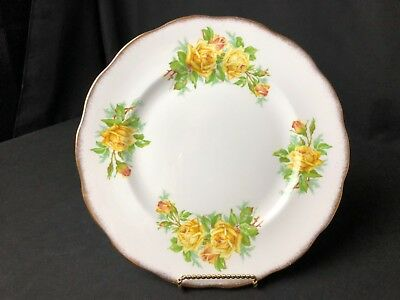 "Vintage Royal Albert Yellow Tea Rose 10&1/4"" Dinner Plates Scalloped Gold Edges"