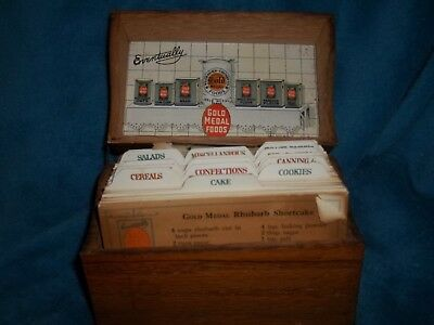 """Vintage Recipes """"gold Medal Flour Wooden Receipt Box"""" Full Advertising Cooking"""