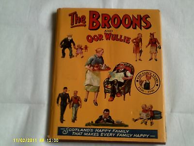 The Broons and oor Wullie (hardback book)