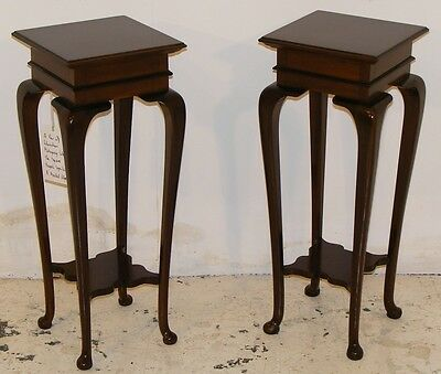 Good Quality Antique Mahogany Pair Of Occasional Tables