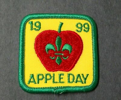 Scouts Canada- Apple Day 1999 Badge/Patch