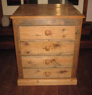Vintage Reclaimed Pine Chest of 4 Drawers
