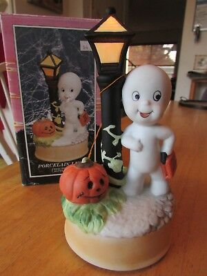 HARVEY PUBLICATIONS INC 1986 Casper The Friendly Ghost Porcelain Light Halloween