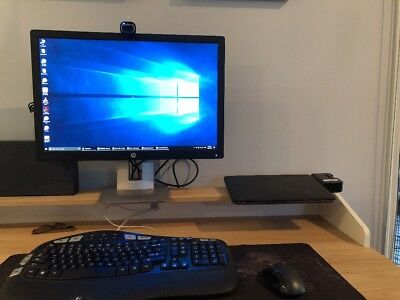 Professional HP Laptop/Dock/LED Screen Desk Set Up