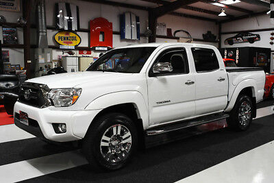 2015 Toyota Tacoma DOUBLE CAB V6 4X4 LIMITED LEATHER NAV HEATED SEATS 22K MILES CLEAN CARFAX LEATHER, TONNEAU COVER, NAV, JBL, CHROME, HEATED SEATS