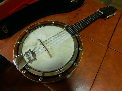 Windsor Banjo 8 strings The Windsor Mandolin Model 4 with original case and stri