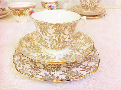 Golden Filigree tea Trio, Royal Vale