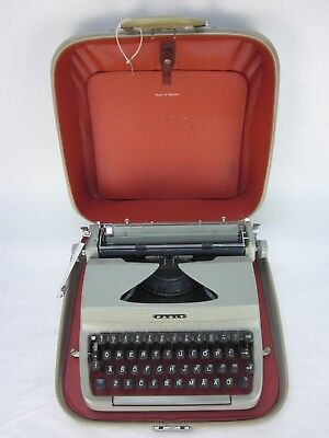 Vintage 1963 FACIT Privat TP1 Portable Typewriter with Case P306126