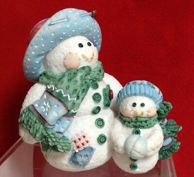 Figurine Enesco Mary Rhyner - Cute as a Button - Sew Snowman and SnowBaby-Resin