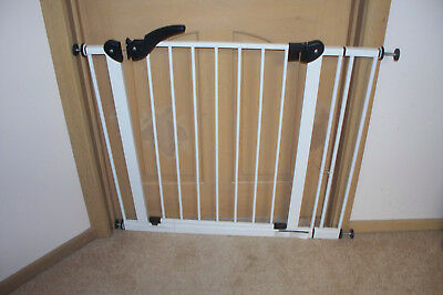 TODDLER SAFETY GATE FOR STAIRS OR DOORWAYS, Warranwood. Vic. ADJUSTABLE
