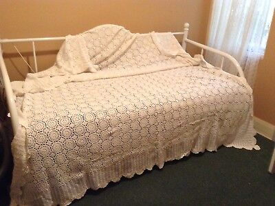 Cotton Lace Bedspread