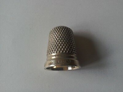 Solid Silver Charles Horner Thimble.Chester 1907.