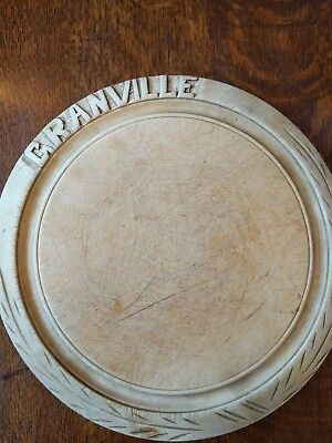 Vintage hand carved bread circular chopping board granville