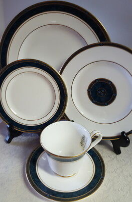 ROYAL DOULTON BILTMORE 5 pc PLACE DINNER SALAD BREAD PLATE CUP SAUCER NWT