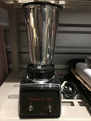 Oster Usa 1/2Hp Commercial Chrome Bar Mixer Made In Usa