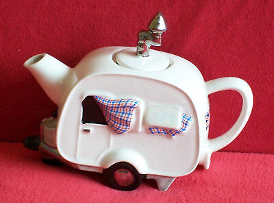 Super Large Holiday Teapottery Caravan Teapot In Brill Condition