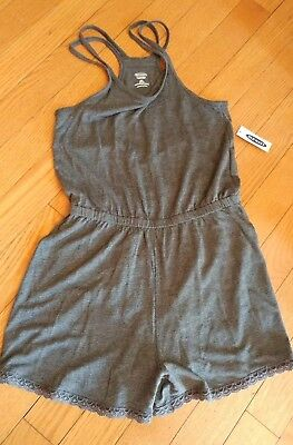 Old Navy Girls Size 6-7 Small Gray Romper/Sleeping or summer lounging