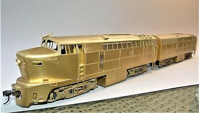 Modeltrain scale 0 SHARKNOSE A+B unit  brass/Messing/laiton  gutes Detail 2Motor