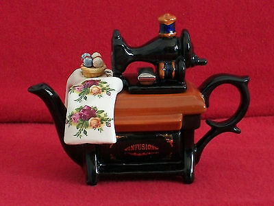 **fabulous Royal Albert/cardew Sewing Machine Teapot** **brill Condition**