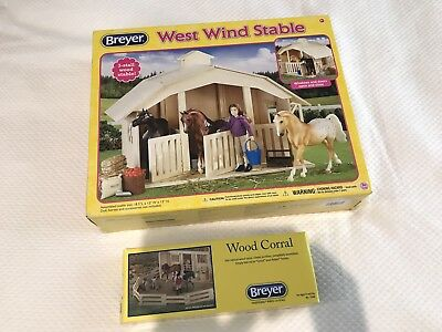 Breyer West Wind Stable And Corral