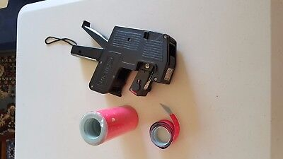 USED -  Retail Store Price Pricing Label Labeller Gun MX-989 +LABLES