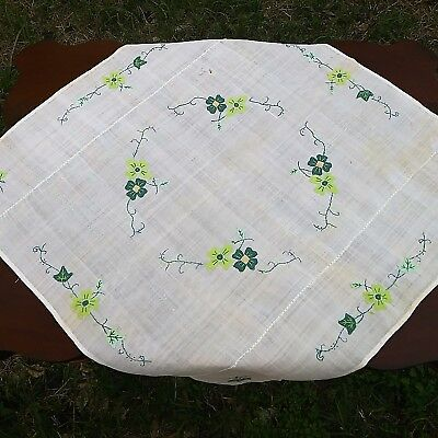 Vintage Applique Mid-Century St. Patrick's Day Luncheon Tablecloth 28''x28''