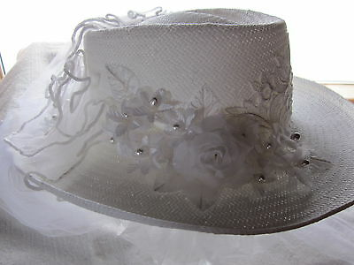 new BRIDAL OPULENCE #RE38 wht WESTERN hat COUNTRY floral lace tulle blusher veil