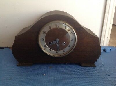 Vintage chiming mantle clock, working