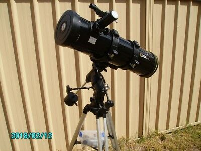 Telescope National Geographic 130/650 Reflector with Equatorial Mount