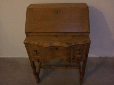 Beautiful Solid Wood Antique Bureau. Really Lovely Little Piece!