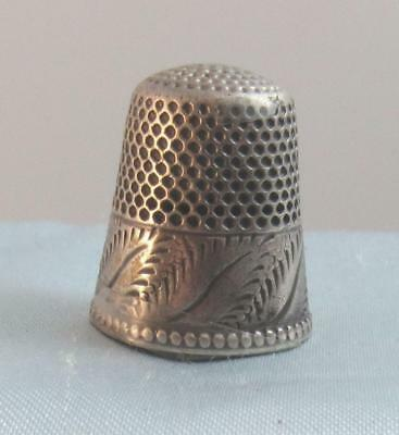 Antique Etched Sterling Silver Sewing Thimble S10