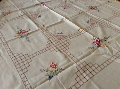 Vintage embroidered Cutwork Tablecloth With Multi Coloured Roses Plus Serviettes