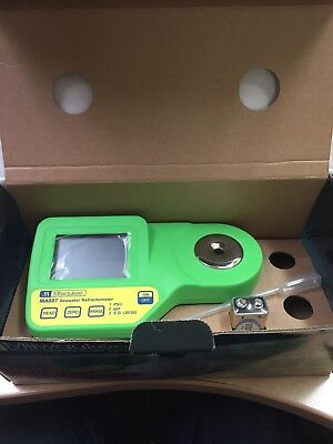 Milwaukee Refractometer