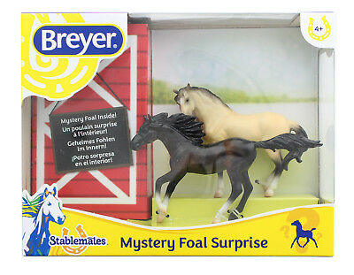 Breyer 1:32 Stablemates Foal Surprise Model Horse Set: Bay Mare & Andalusian