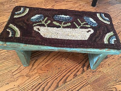 Hand Made Primitive Style Hooked Rug Runner Pot of Flowers on a Prim Wood Bench