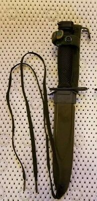 US Military Bayonet Combat Knife w/ Scabbard M8A1