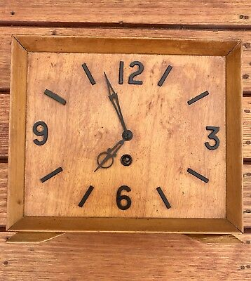 Australian Wallis, Art Deco, Silky Oak Case Clock