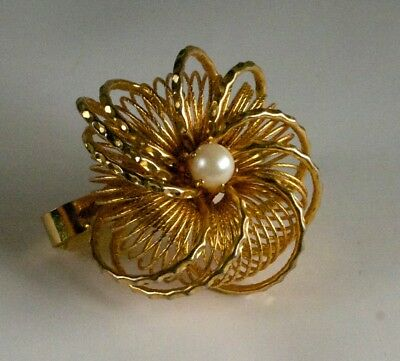 Floral Gold-tone Wire Flower Pearl Center Scarf Clip Fashion Costume Jewelry
