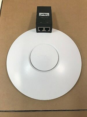 UniFi AP SWX-UAP including POE Injector & Ceiling Mount Kit